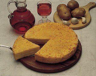 Torta rustica di patate e mortadella