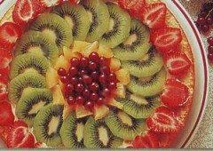 Torta di frutta fresca