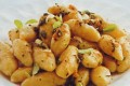 Gnocchi di pane con zafferano e aromi