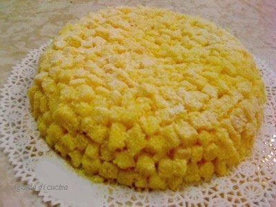Torta mimosa all'ananas (di cotto e mangiato)