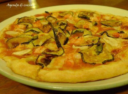 Pizza marinara e zucchine
