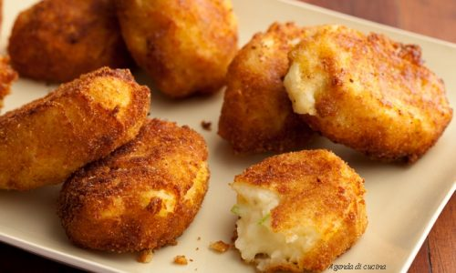 Polpette di provolone e patate