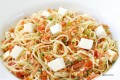 Spaghetti con tonno, alici e mozzarella