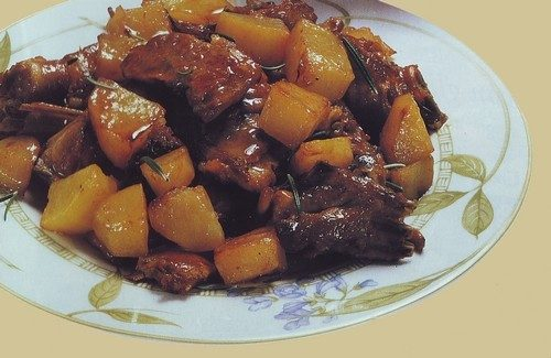 Capretto arrosto con patate