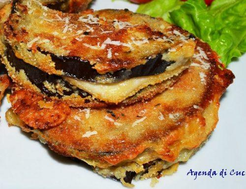 Sandwich fritti di melanzane