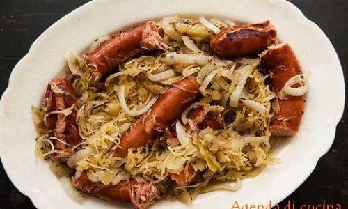 wurstel alla pancetta e crauti