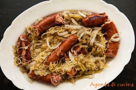 wurstel-alla-pancetta-e-crauti