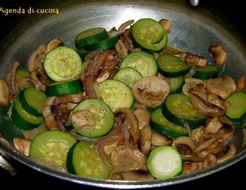 Zucchine e champignon trifolati