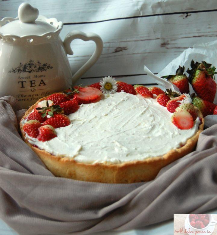 torta di fragole e crema allo yogurt