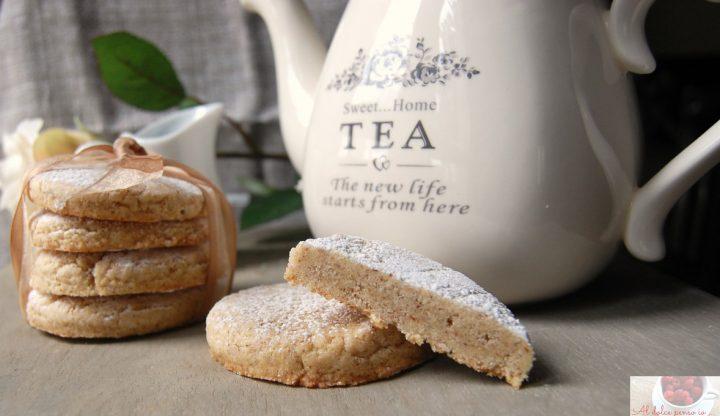 biscotti francesi alla vaniglia e mandorle