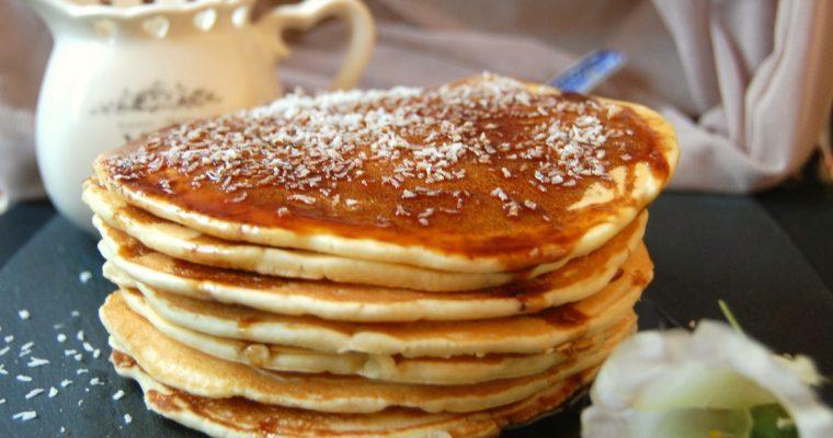 pancake al cocco con salsa al caffè