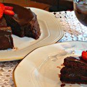 torta viennese alla confettura di fragole