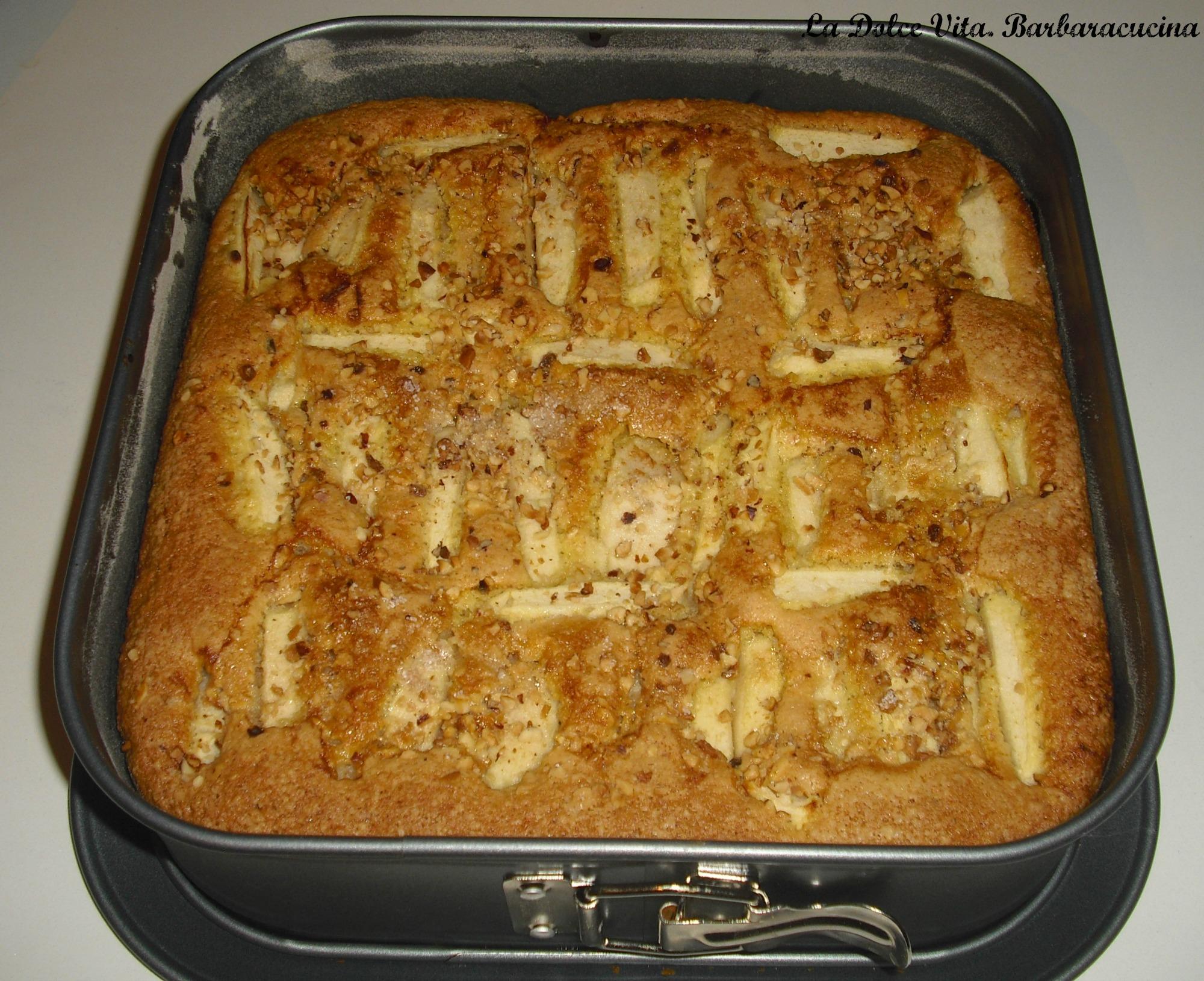 torta di mele e nocciole 1