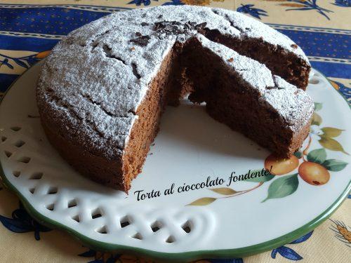 Torta al cioccolato fondente sofficissima!