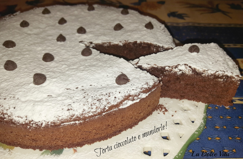 Torta cioccolato e mandorle!