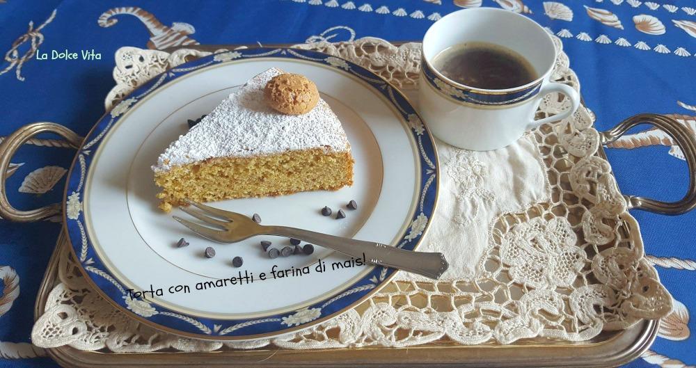torta con amaretti e farina di mais