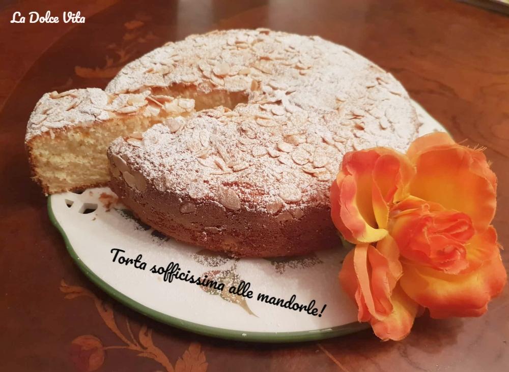 torta sofficissima alle mandorle 3