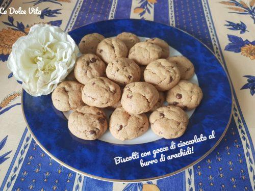 Biscotti con gocce di cioccolato al burro di arachidi!