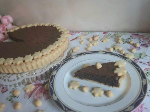 Crostata con cioccolato fondente, nocciole e caffè!