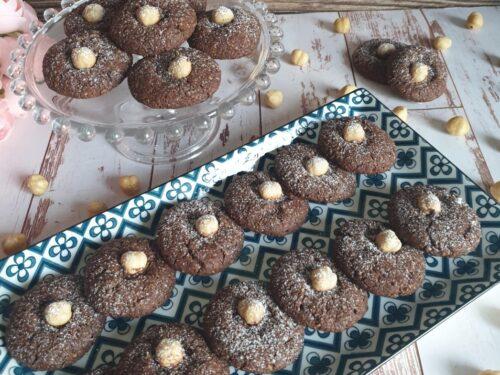 Biscotti al cacao e nocciole super friabili e golosi!