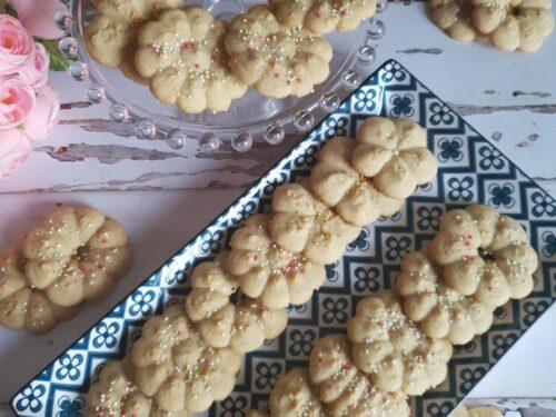 Biscotti di frolla montata al caffè con sparabiscotti
