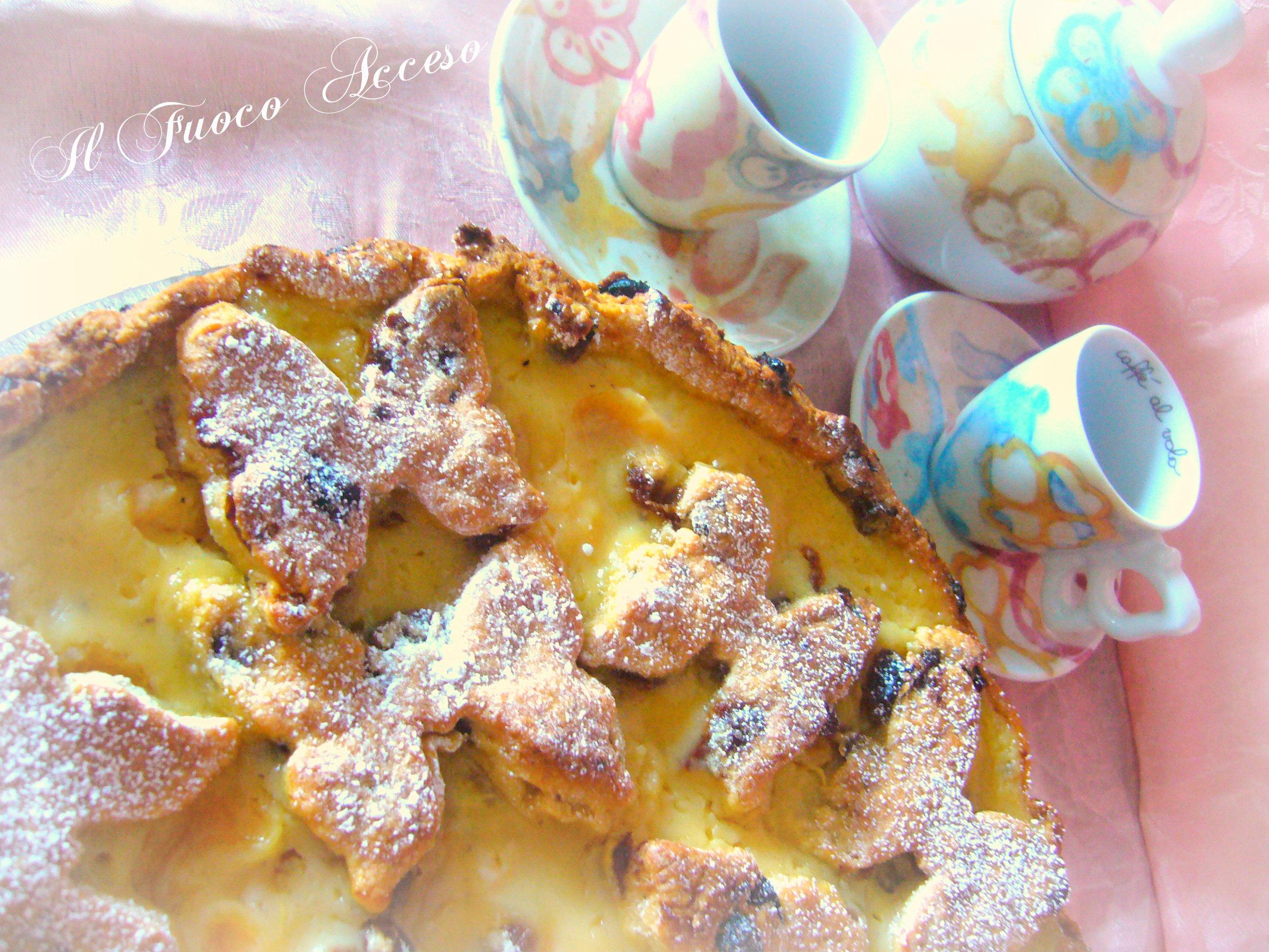 Torta con crema di mandarini e uvetta
