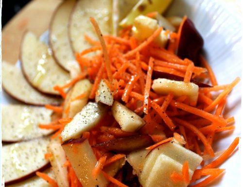#pranzoinufficio Insalata di carote & mele