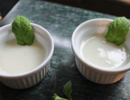 Crema di asparagi zenzero con menta