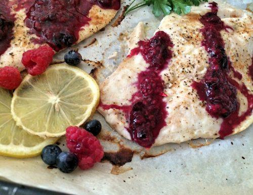 Filetto di pesce persico ai frutti di bosco