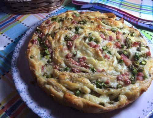 Fiore di asparagi, provolone dolce e pancetta