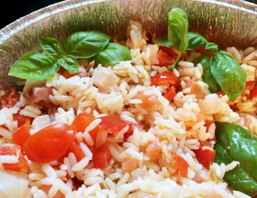 Insalata di riso salmone e tonno