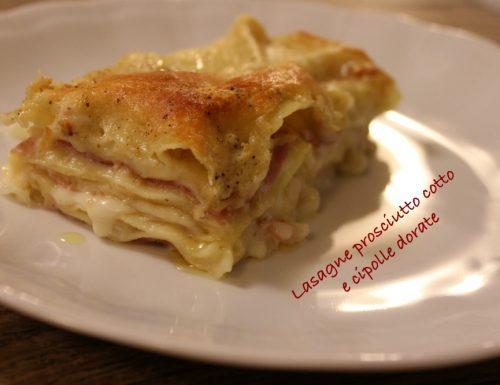 Lasagne prosciutto cotto e cipolle dorate