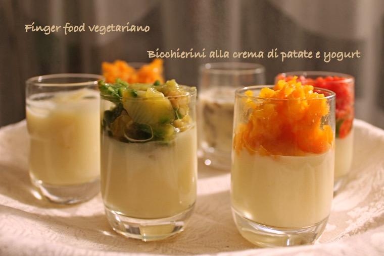 Bicchierini vegetariani di crema di patate e yogurt