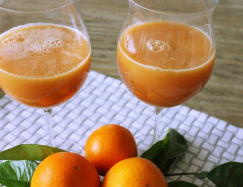 Drink rinfrescante mango e arancia