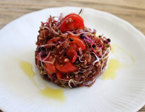 Riso rosso in insalata