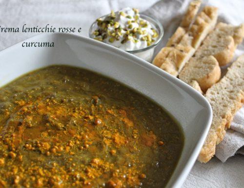 Crema di lenticchie rosse e curcuma con salsa sfiziosa