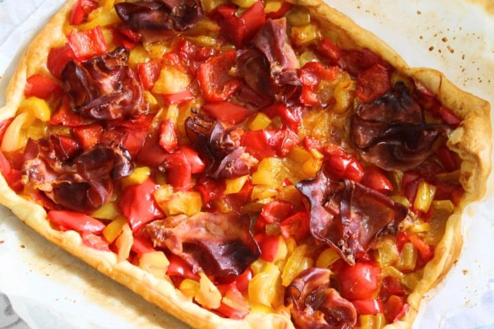 torta-salata-peperoni-e-speck