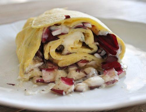 Rotolo di crepes con gorgonzola e radicchio