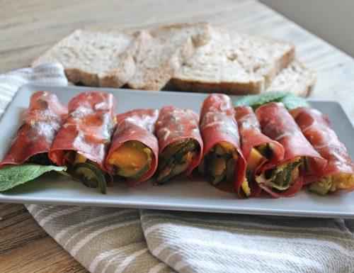 Involtini di bresaola con zucchine e Emmental