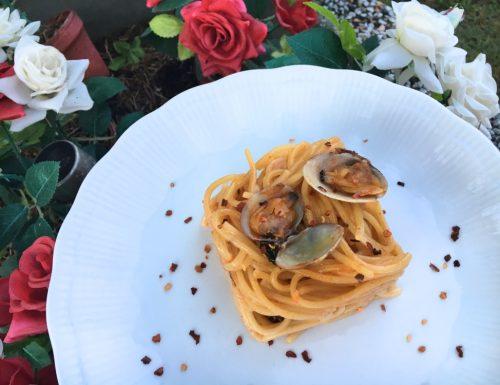 Spaghetti alle vongole piccanti e senza aglio