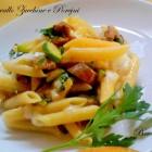 Penne Caciocavallo Zucchine e Porcini
