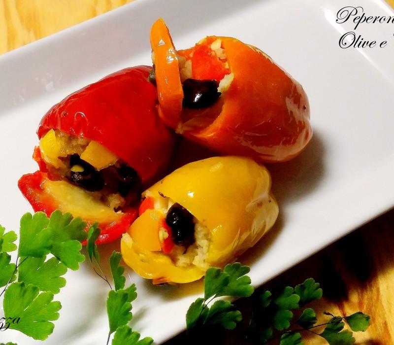 Peperoncini ripieni olive e capperi