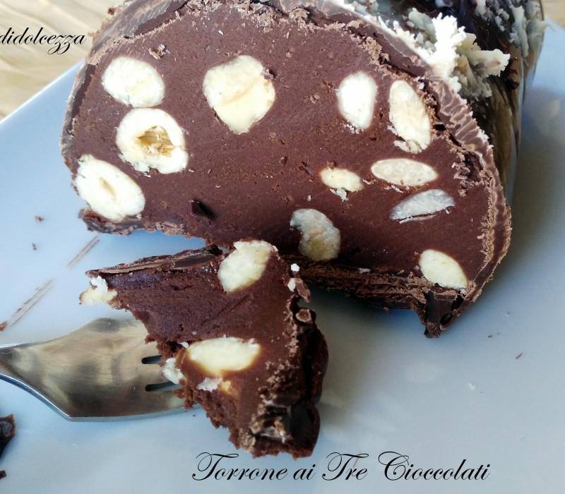 Torrone ai Tre Cioccolati