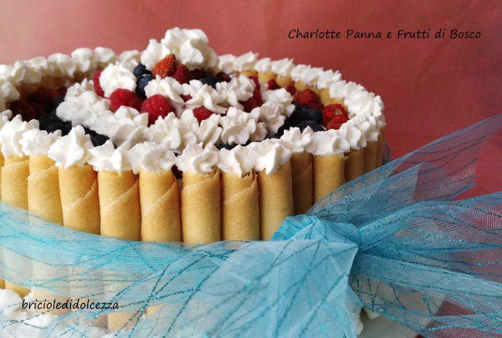 Charlotte Panna e Frutti di Bosco