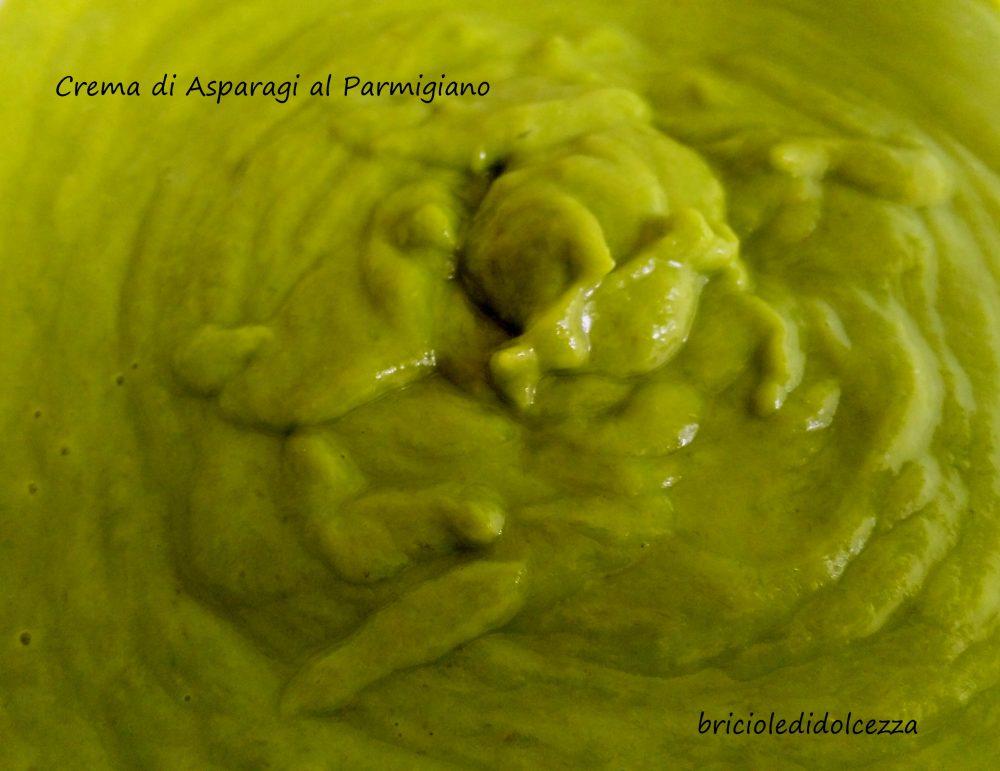 Crema di Asparagi al Parmigiano
