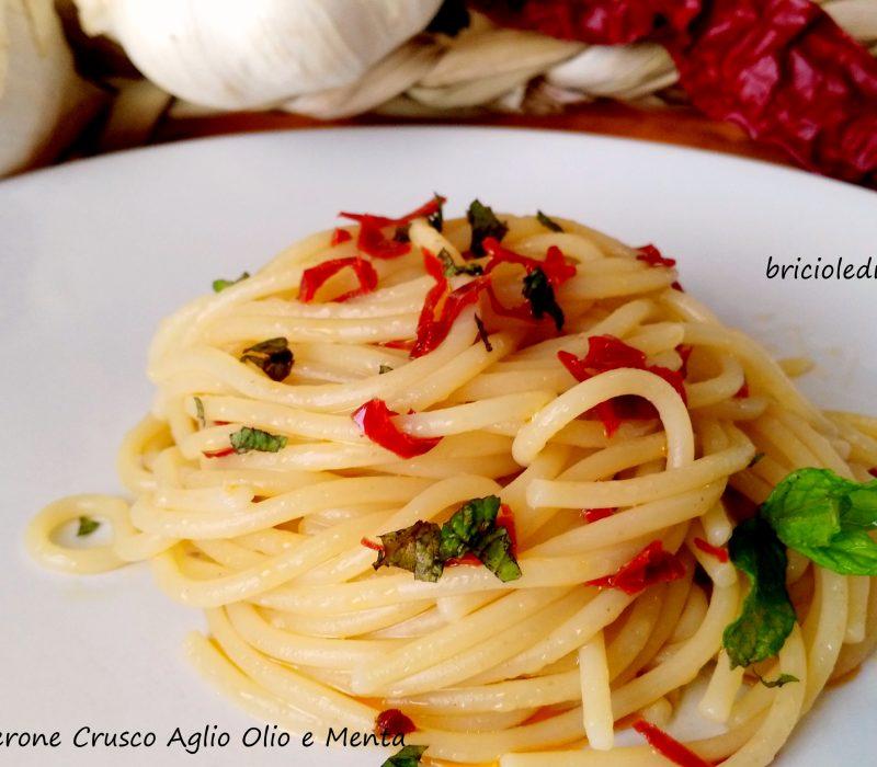 Spaghetti al Peperone Crusco Aglio Olio e Menta