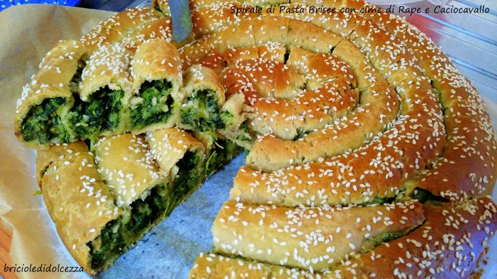 Spirale di Pasta Brisee con Cime di Rapa e Caciocavallo