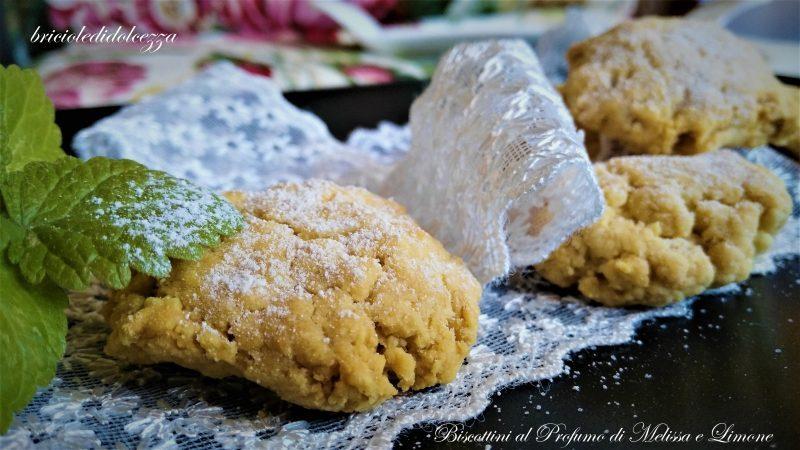 Biscottini al Profumo di Melissa e Limone