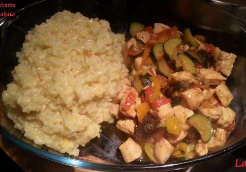 Pollo alle verdure ai sapori d'oriente