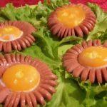 Fiori di uova e wurstel